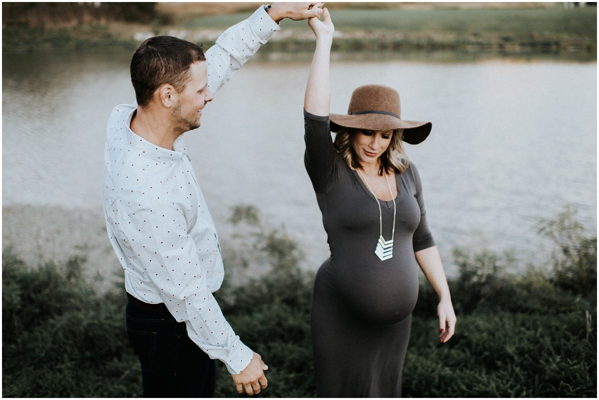 Meysenburg Photography, outdoor maternity photography