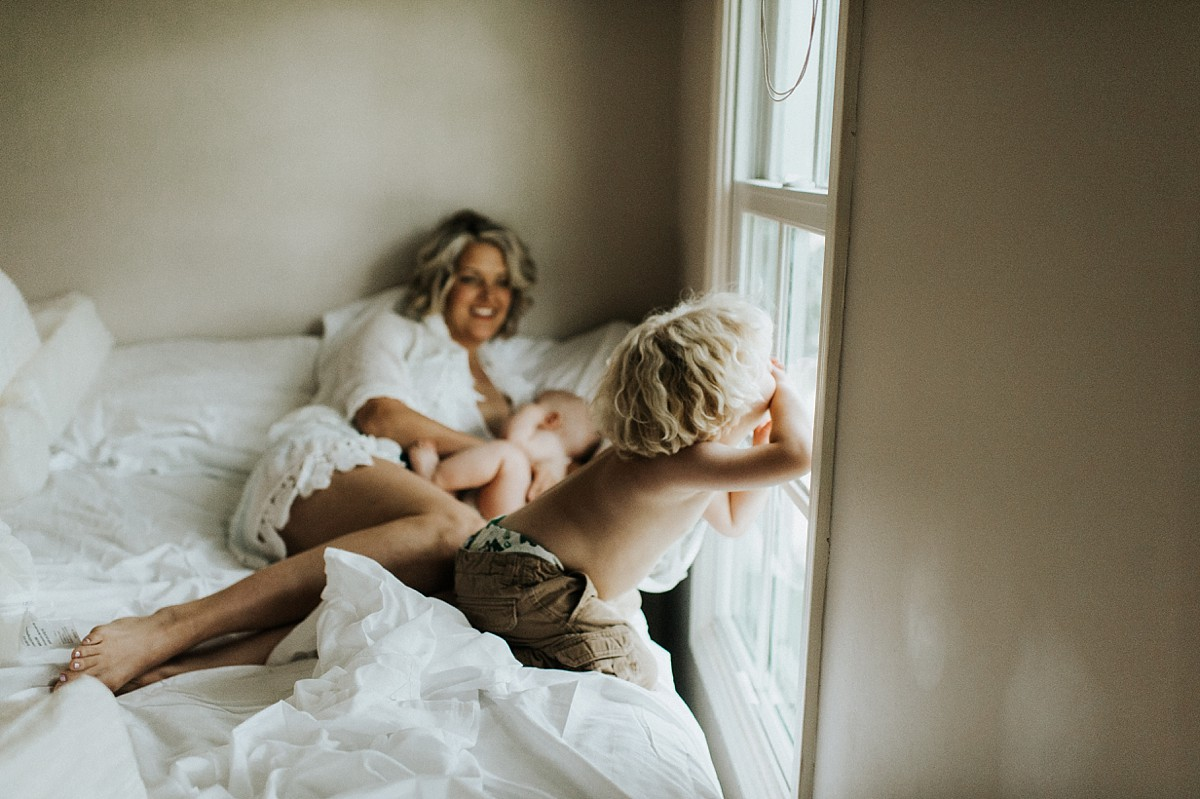 Meysenburg Photography, Motherhood Session at Home